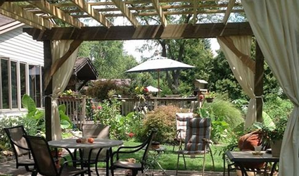 Your Handy Guide To Garden Pergolas