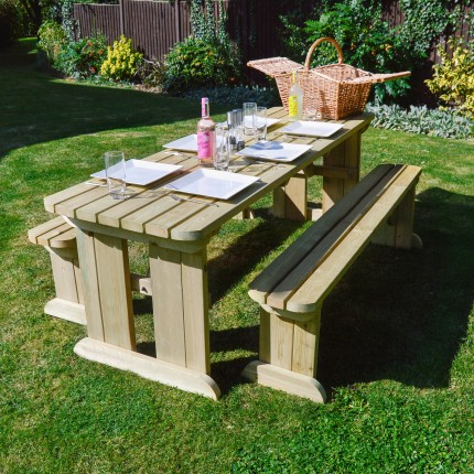 Tinwell Rounded Picnic Table And Bench Set