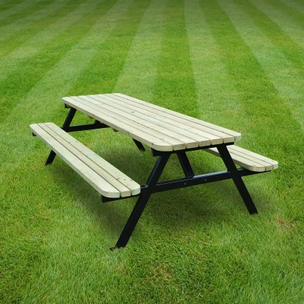 Oakham steel rounded picnic bench - 7ft