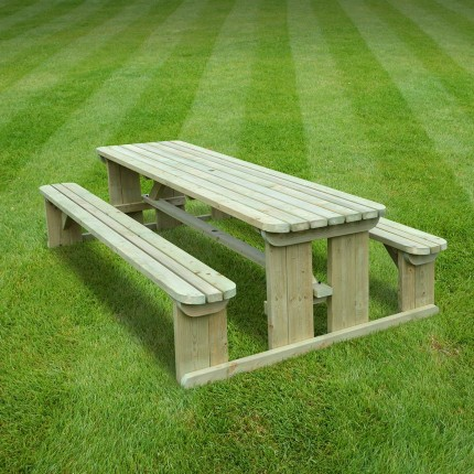Tinwell rounded picnic bench - 8ft